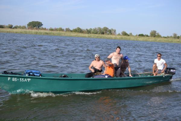 катер для рыбалки фото